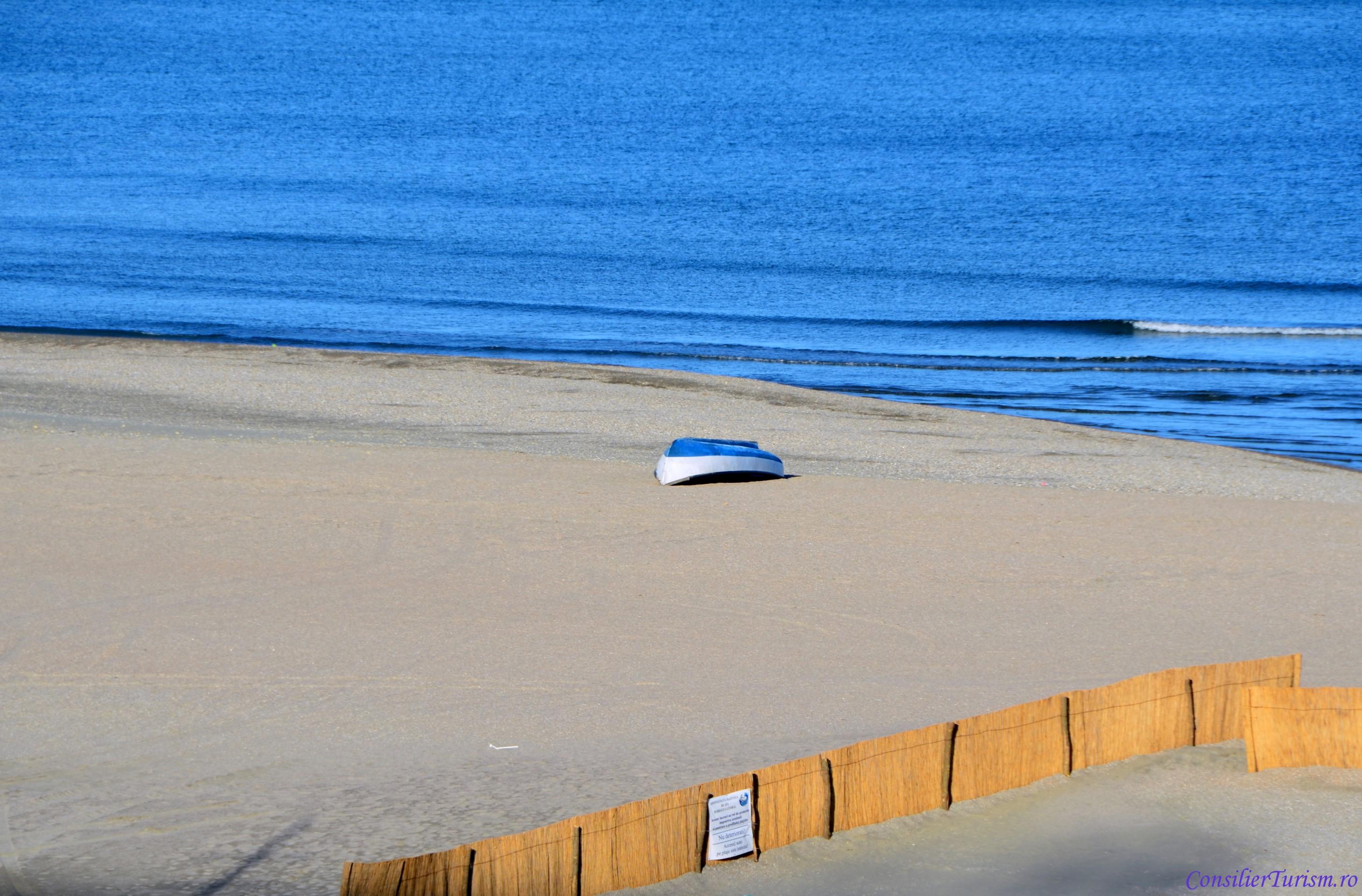 plaja tataia
