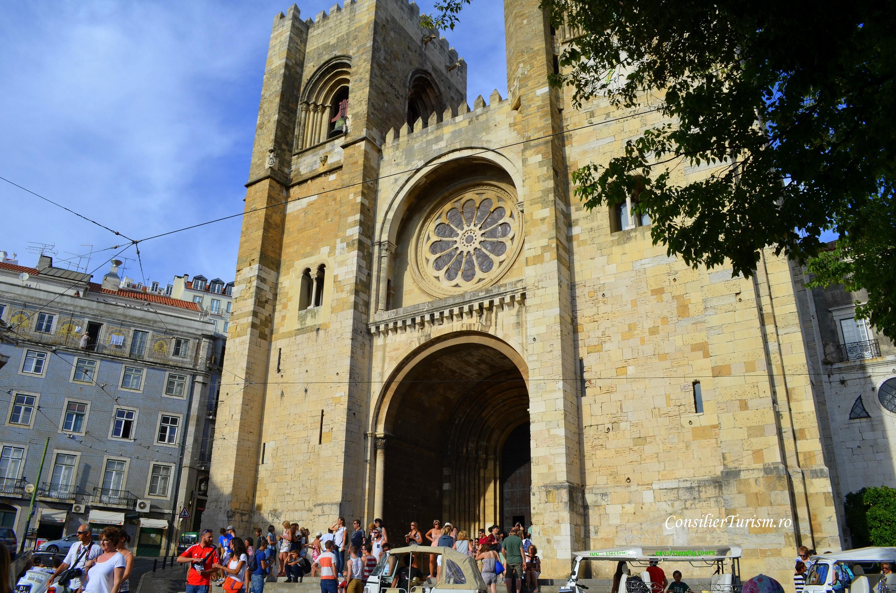 catedrala din Lisabona exterior
