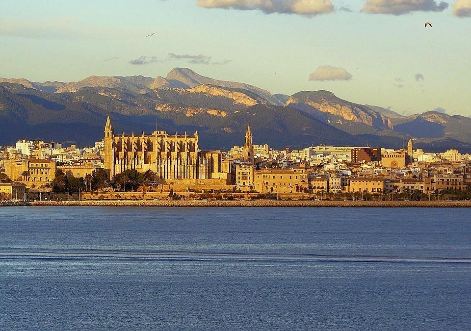 Ghid Mallorca (II): Ce merita vazut si facut in cea mai mare insula din Baleare?