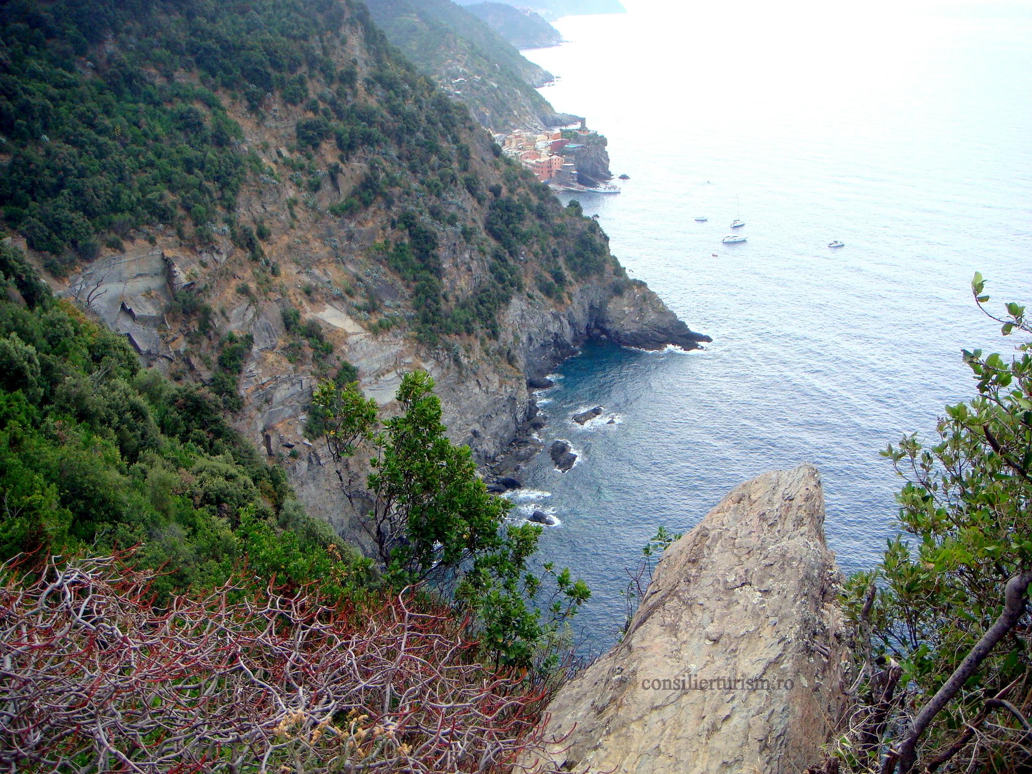 vernazza from sentiero azzuro