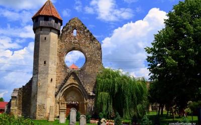 Vizitează Abația Cisterciană de la Cârța, un obiectiv unic în Europa