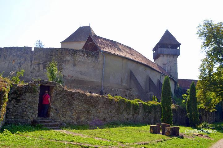 Un monument UNESCO atipic: Cetatea țărănească din Câlnic