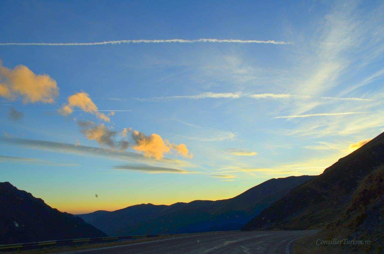 transfagarasan alpine road Romania sunset