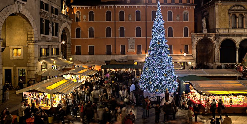 Cele mai frumoase piețe de Crăciun din Europa (III)