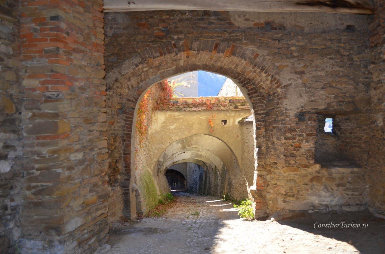 ziduri Biertan biserica fortificata