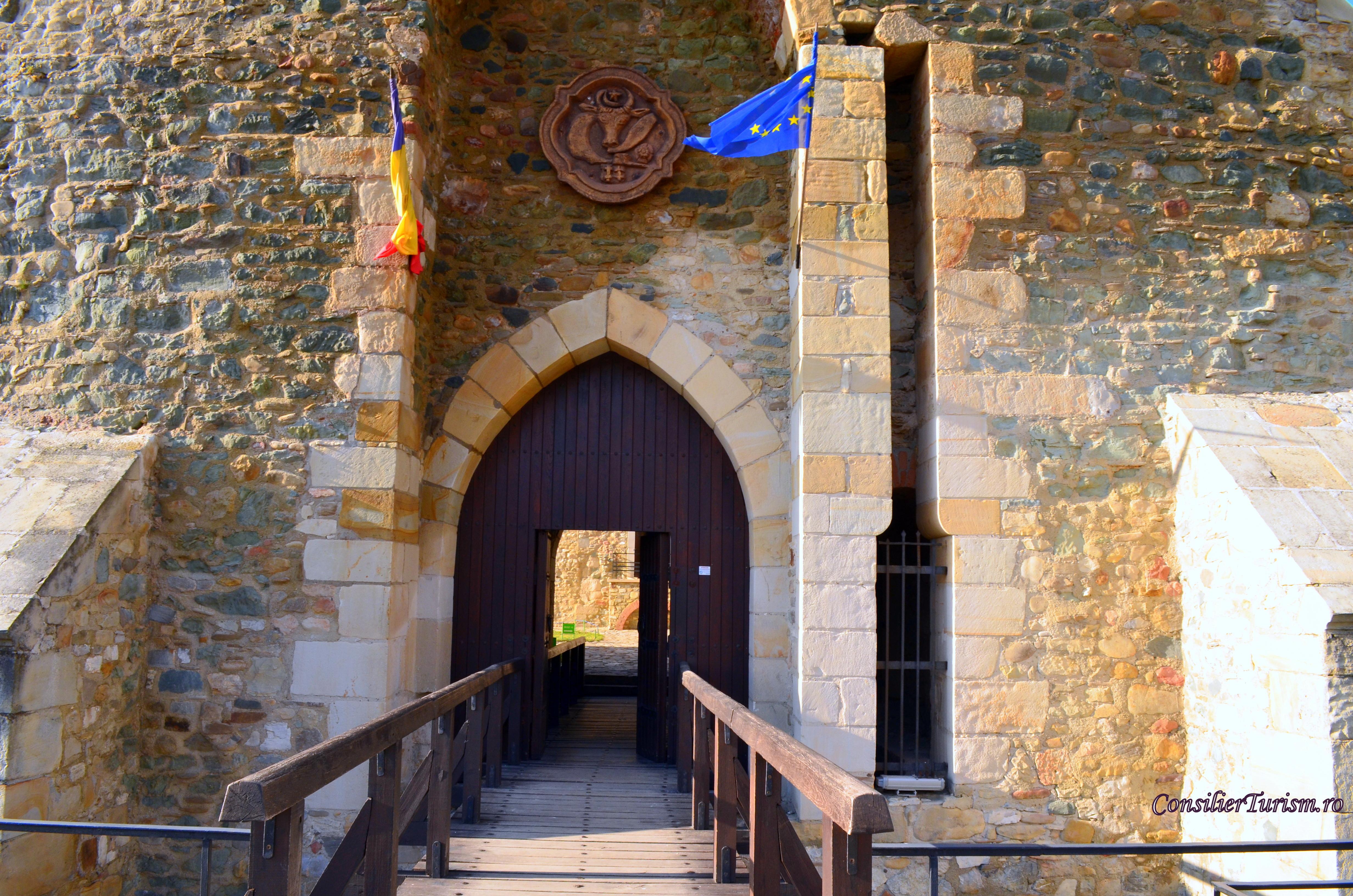 cetatea Neamtului intrare
