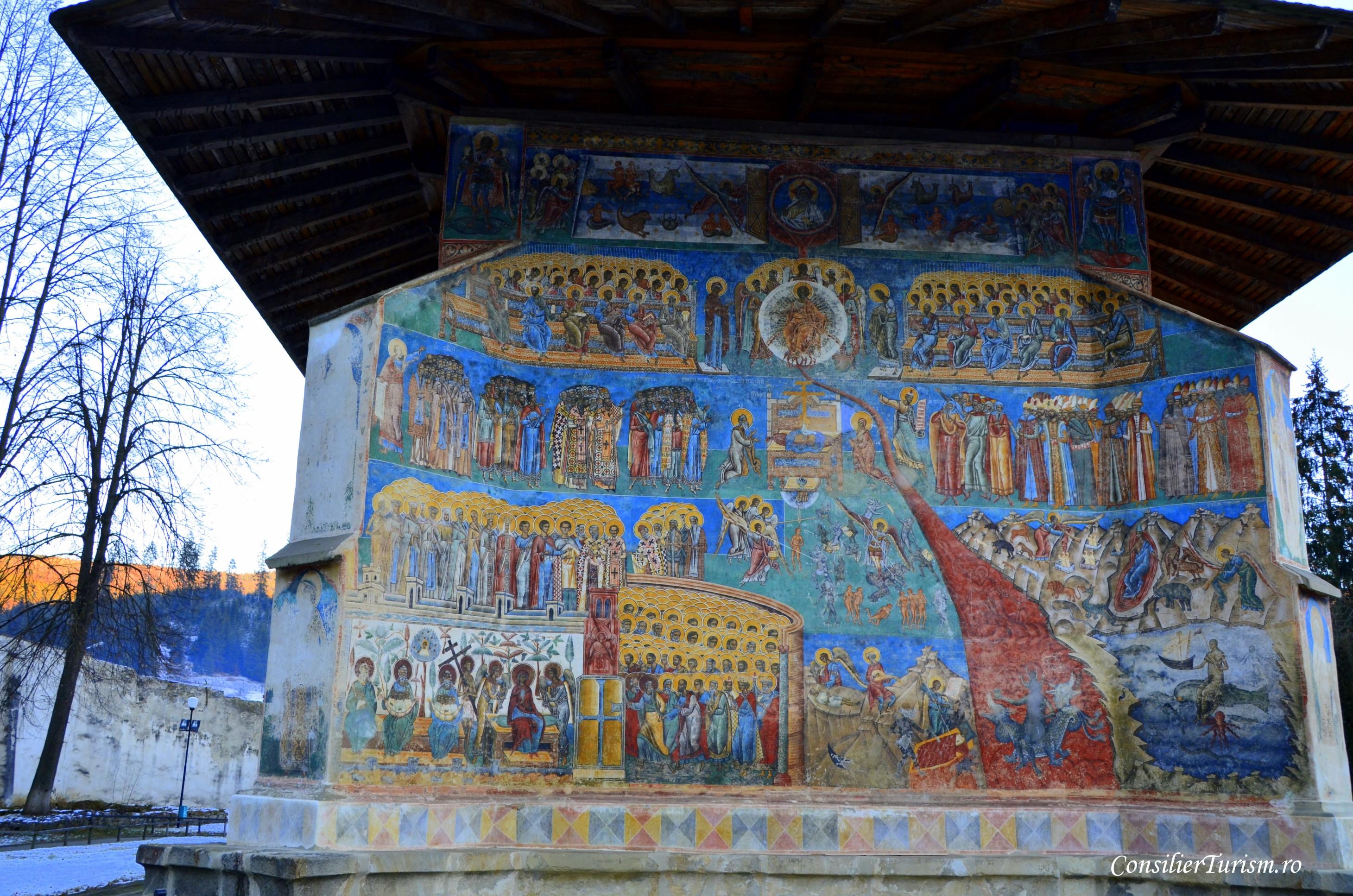 apus manastire voronet