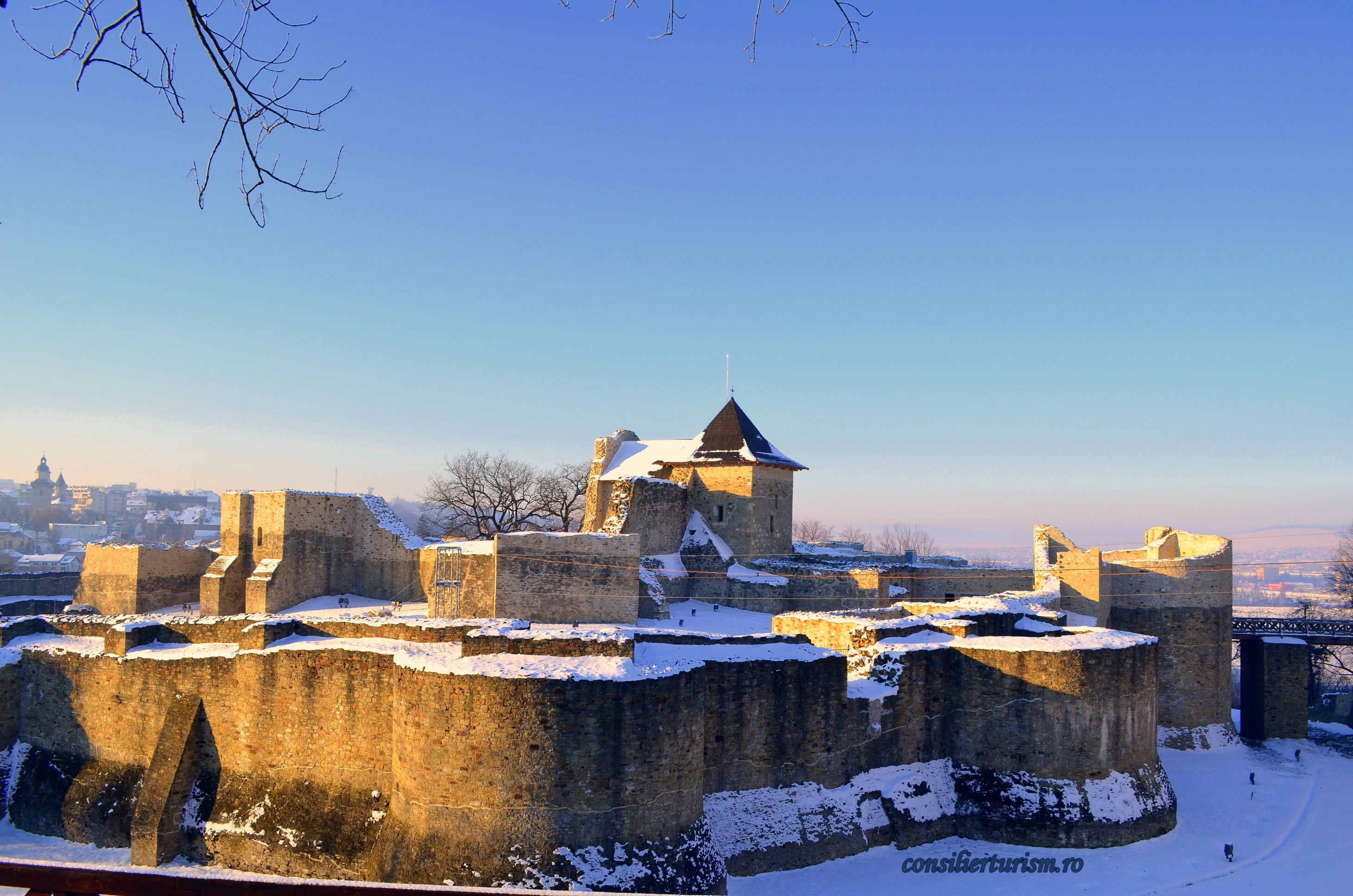 cetatea scaun suceava moldova