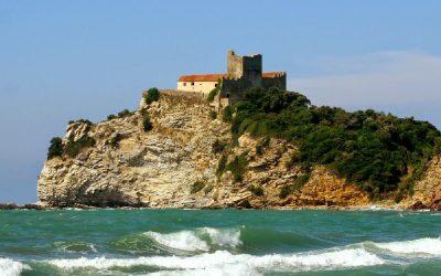 Cele mai frumoase plaje iubite de soarele din Toscana