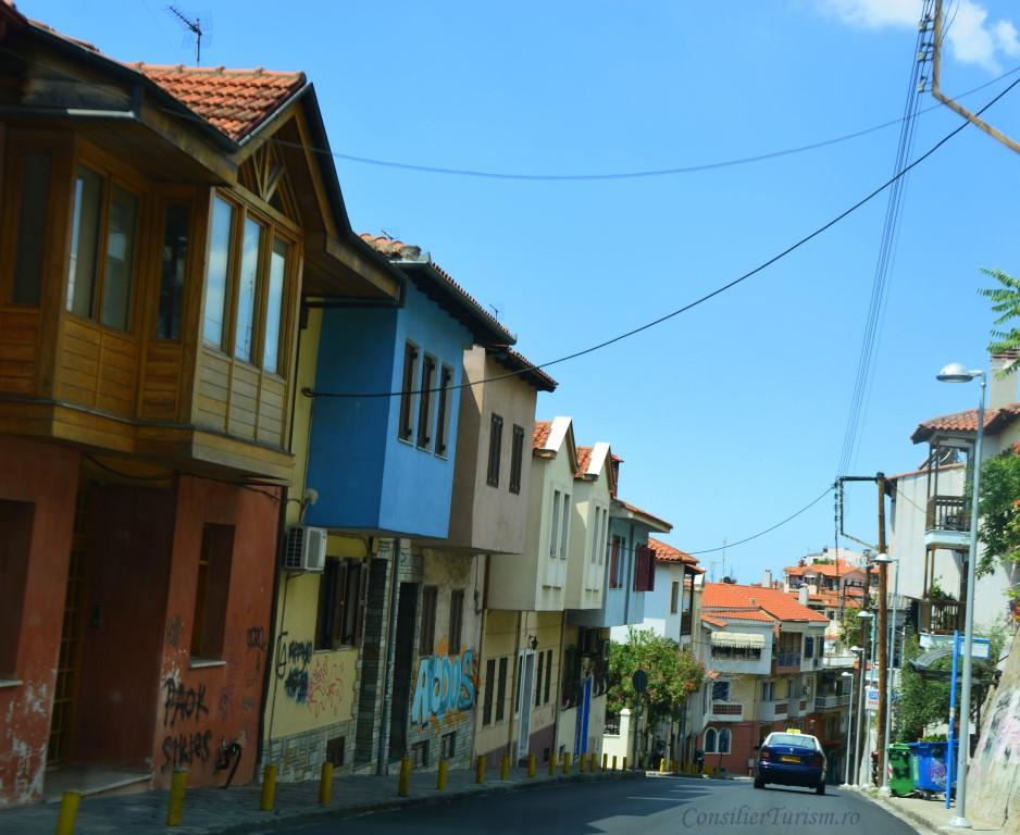 ano-poli-salonic-street