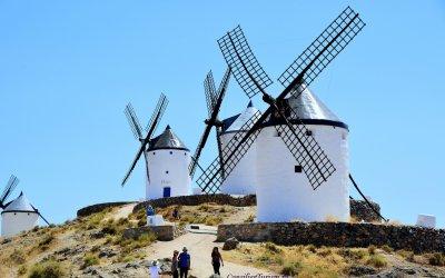 Pe urmele lui Don Quijote, la morile de vânt de la Consuegra