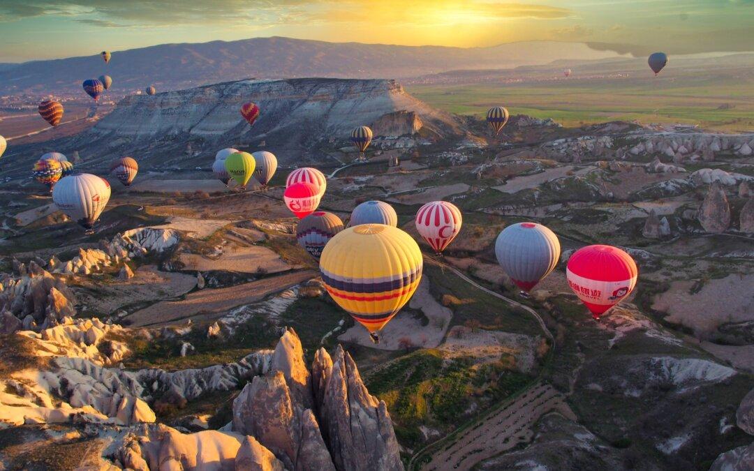 Destinațiile toamnei: Egiptul și circuitele Cappadocia – Antalya și Pamukkale – Efes