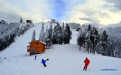Unde se schiază în siguranță în România. Care sunt pârtiile omologate din țară